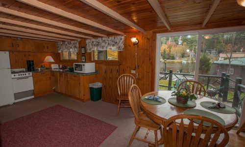 McKenzie Cottage Kitchen - Harbor Hill at Saranac Lake
